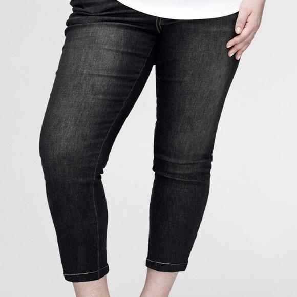 50bd3d9ead9 Universal Standard Seine Jeans Black 27 Inch. M 5b72325403087c09095f2b91